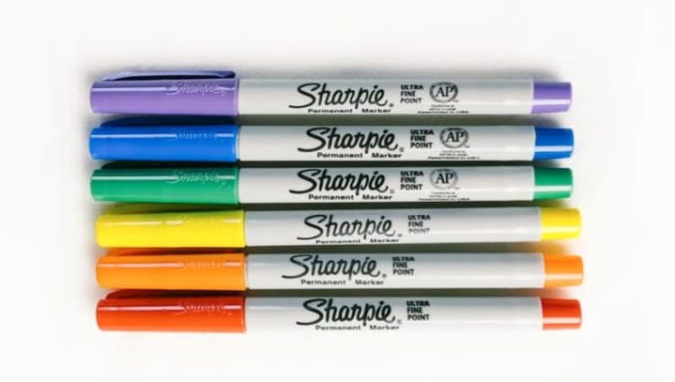 Photo of marker pens of various colours