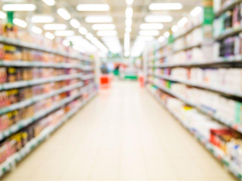 Blurred image of supermarket shelves