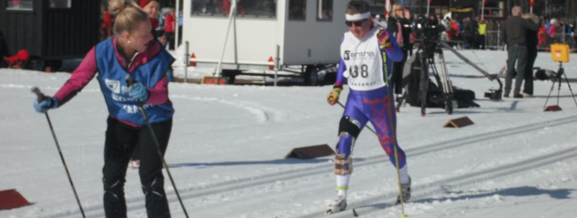 Mike Brace skiing